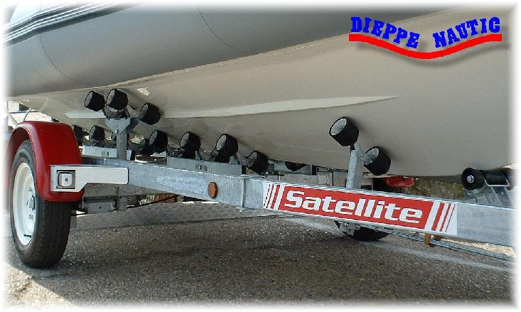 treuil remorque bateau satellite